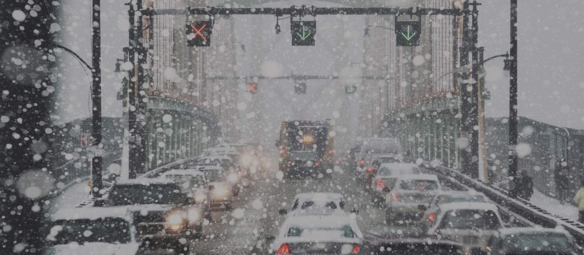 Traffic in the snow